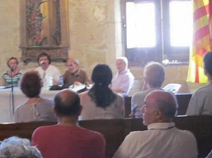 Conferencia de FACAO sobre el Aragonés y la Ley de Lenguas en la Semana Cultural de Valjunquera (Teruel)